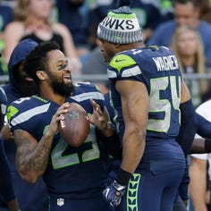 Wagner, other Seahawks in Earl Thomas' corner