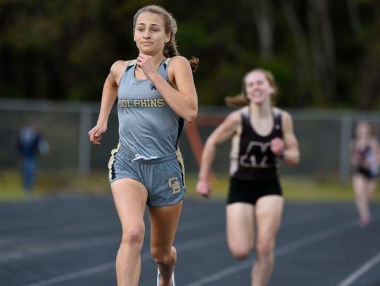 Gulf Breeze High School's Hannah Spooneybarger leads