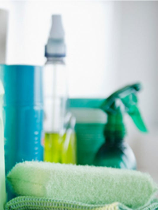 generic cleaning bottles