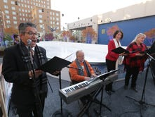 Editorial: Holiday fest returns to Plaza
