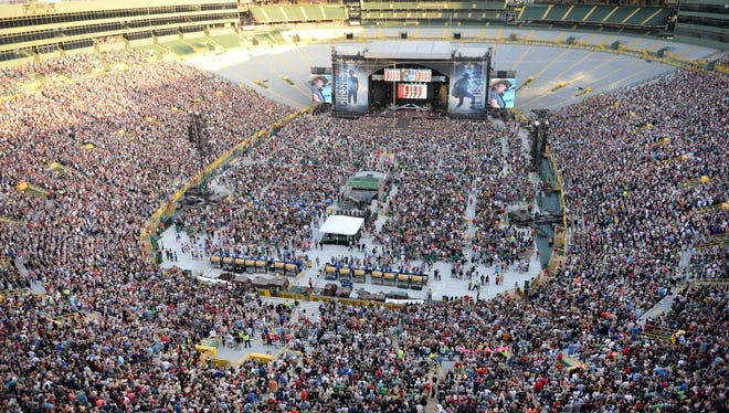 High angle view from Lambeau Field's north loft area as Jason Aldean performs June 20, 2015.