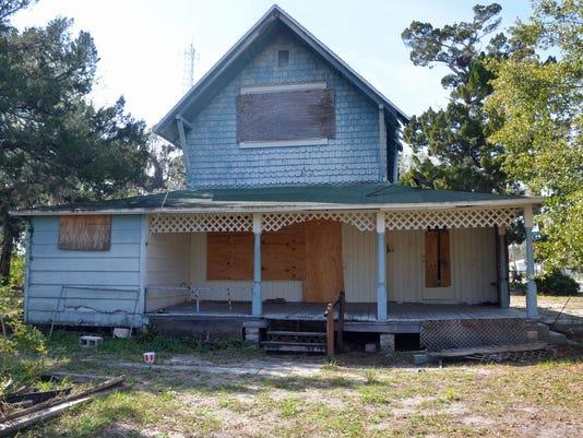 Old Titusville home4.JPG