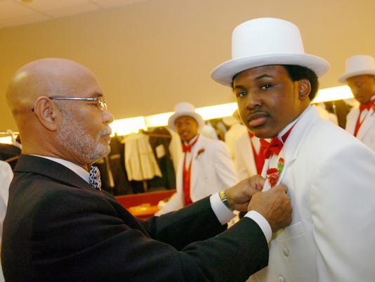 "Delta Sigma Theta Sorority, Inc., 32nd Beautillion ""A Hollywood Premiere on the Red"" Saturday, Nov. 20, 2010. - Melinda Martinez/mmartinez@thetowntalk.com"