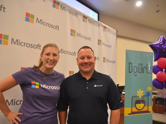 Kelsey Shade (L) and David Taylor (R) from Microsoft