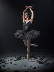 Milwaukee Ballet dancer Annia Hidalgo as Odile (the
