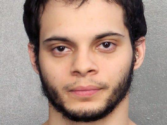 Esteban Santiago, 26, mugshot photo in Fort Lauderdale,