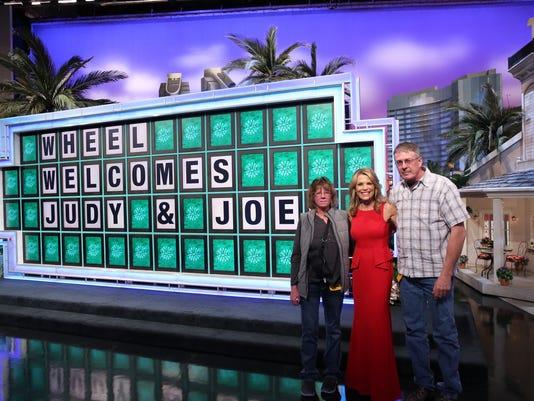 1 Judy and Joe with Vanna