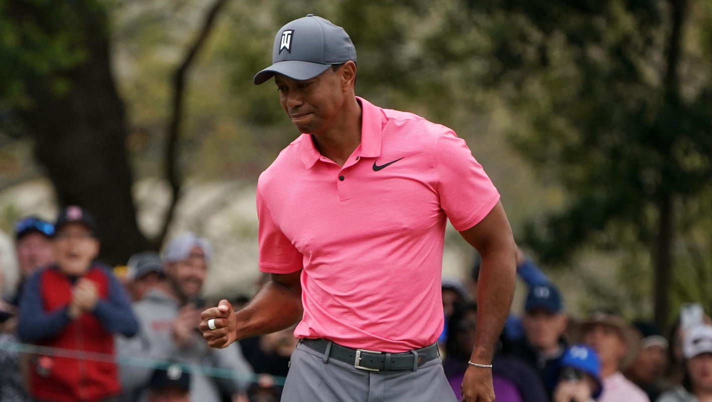 Tiger Woods tied for second, one shot back heading into Valspar Championship final round