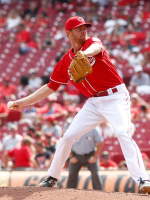 Cincinnati Reds relief pitcher Collin Balester throws against the Arizona Diamondbacks in the ninth inning Aug. 23.