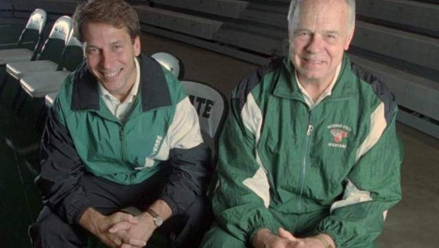 Former Michigan State coach Jud Heathcote (right) poses with current Spartan coach and former assistant Tom Izzo in 1994.