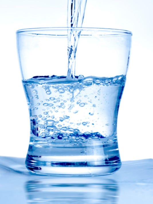 635911517285263125-water-glass.jpg