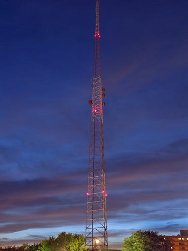 KCCI turned off its iconic Weather Beacon for good