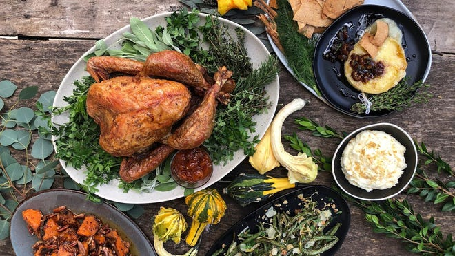 Contigo Catering is serving Thanksgiving meals available for takeout and delivery.