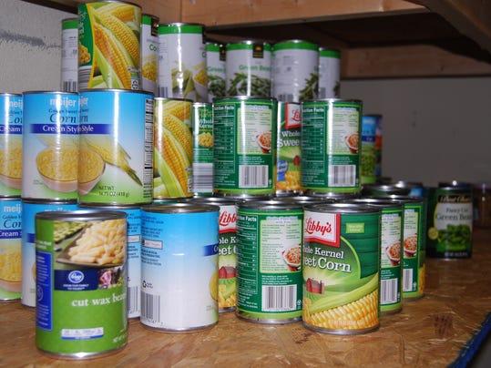 -foodpantry3.JPG_20140428.jpg