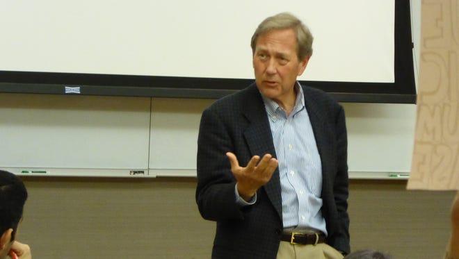 New University of Iowa President Bruce Harreld speaks Wednesday to several dozen members of the Graduate Student Senate.