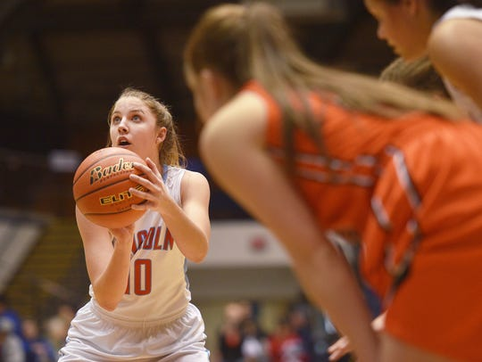 Lincoln's Morgan Hansen shoots a free throw during