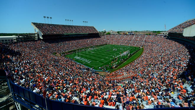 Auburn will play in front of another sellout crowd at Jordan-Hare Stadium on Saturday.