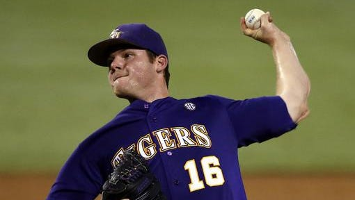 LSU pitcher Jared Poche (16) has decided to return to the Tigers' pitching staff for his senior season.
