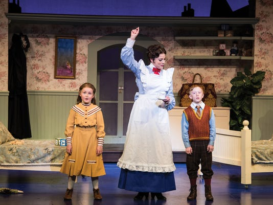 STG0713-mary-poppins-review-01.jpg
