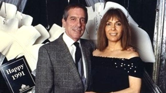 1991 photograph of Gregory Scarpa Jr. with his girlfriend, Linda Schiro