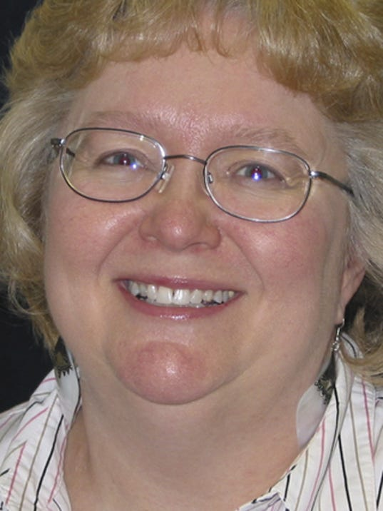 MNH0401 Lori Belongia