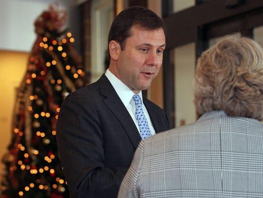Senator Thomas Kean, Jr. speaks with Reverend Craig