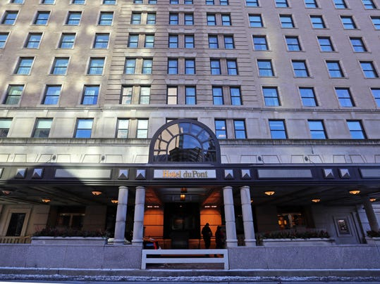 DuPont taking bids for historic hotel, country club