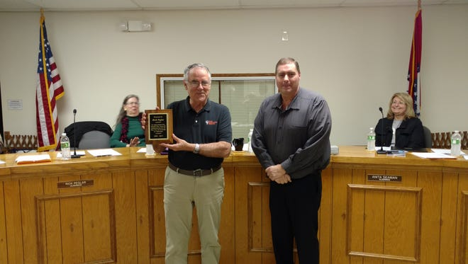 Rick Peglar, left, was recognized at the January Gassville City Council meeting for his 25 Years of dedicated service to the City of Gassville as alderman for Ward 1  Position 2. Peglar also serves as Chairman of the Cotter/ Gassville Joint Sewer Commission. He is shown with Mayor Jeff Braim.