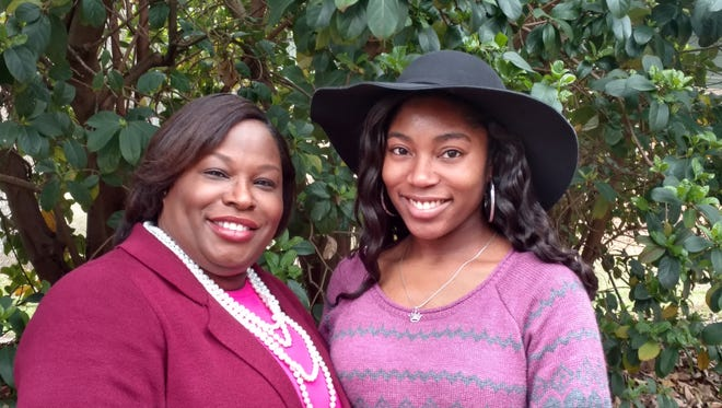 Paula and Zemoria, her eldest daughter, who will graduate with a PhD in Pharmacy in May.