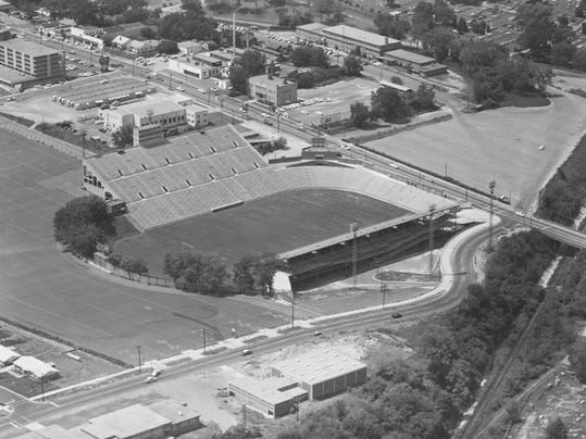 Aerial_view_of_Cramton_Bowl_on_Madison_Avenue_in_Montgomery_Alabama (1)