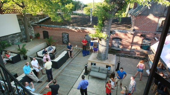 After two years without live music on its back patio, Kelly's Logan House in Wilmington is working to get its outdoor jams back.