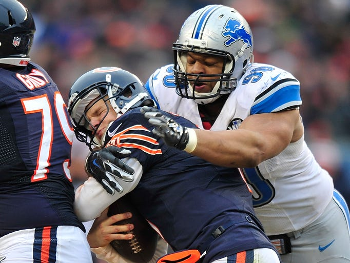 Lions' Ndamukong Suh sacks Bears quarterback Jimmy