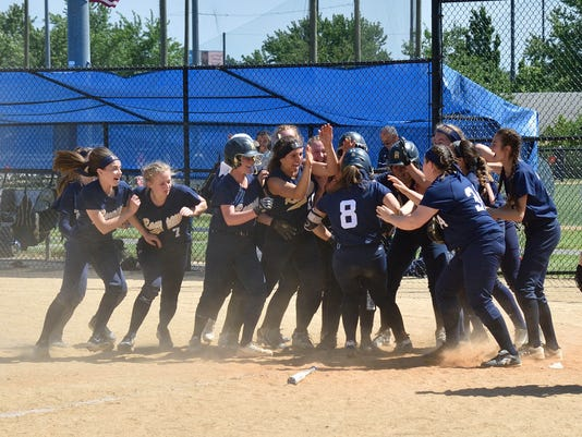 Bergen County softball tournament semifinals