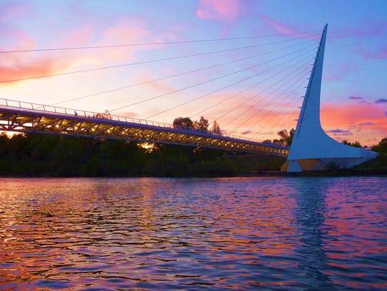 undial Bridge