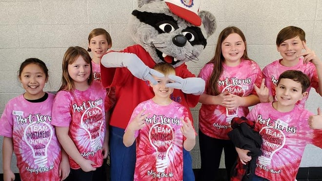 Hamilton Bicentennial Elementary School's Division 1, Problem 1 Odyssey of the Mind team members made school history by placing 10th at World Finals in Ames, Iowa. From left:  Kira Hsu, Adele Kahmar, William Curreri, Jack Kahmar, Jocelyn Curreri, Austin Kowal, and Colin Curreri.