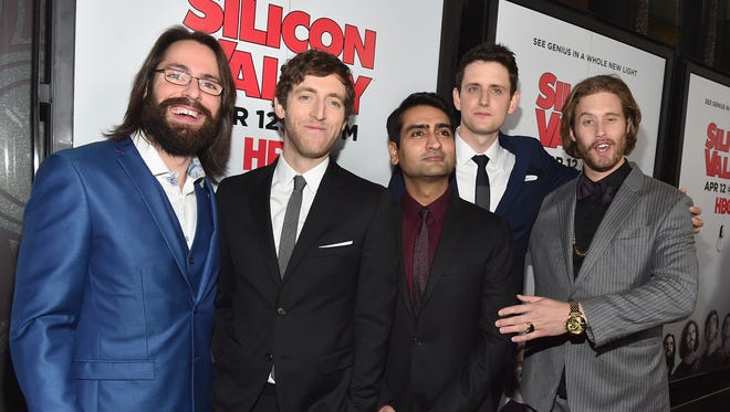 'Silicon Valley' actor Kumail Nanjiani, right, and co-star Thomas Middleditch were harassed by Donald Trump supporters at a Los Angeles bar Friday night.