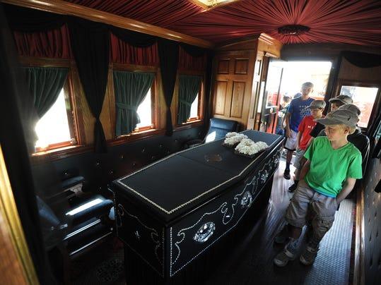 Replica Of Lincoln Funeral Train Comes To Ashland