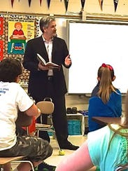 Author Michael Ransom talks to a class.