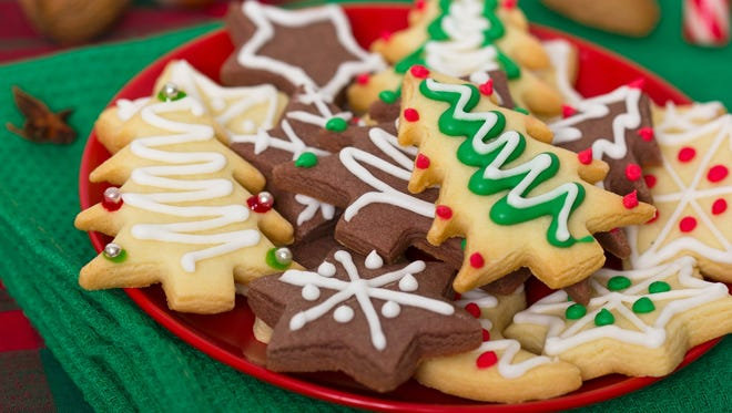 A Christmas cookie contest between local chefs is set for Dec. 11 at Mariner Sands.