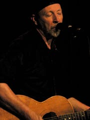 Richard Thompson's concert at Arden's Gild Hall sold out in four afternoons with all tickets restricted to in-person sales in 2006.