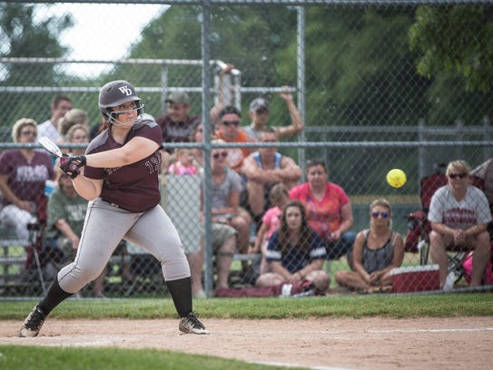 Wes-Del's Aerionna Strahan takes a swing at an incoming