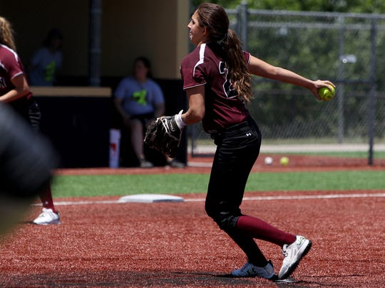 Vernon's Jade Guzman pitches against Mineral Wells