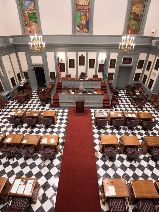 News: Senate Chambers5
