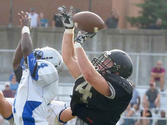 Buffalo Gap's Charles Weatherman just misses catching