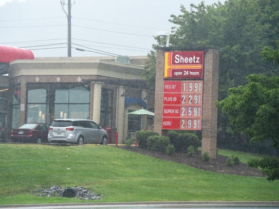 Rain falls at the Sheetz on Richmond Road in Staunton