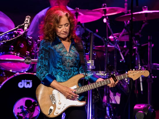 Bonnie Raitt performs at Bridgestone Arena on Wednesday,