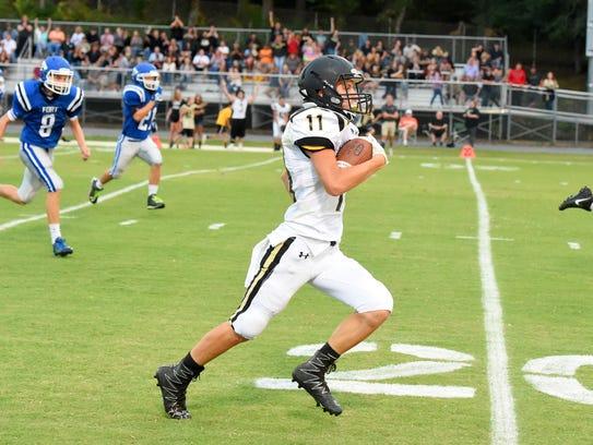 Buffalo Gap's Josh Reed runs the football downfield