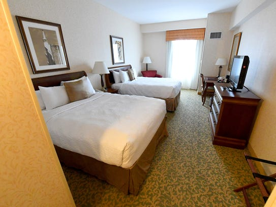 A yet-to-be renovated guest room at the Stonewall Jackson