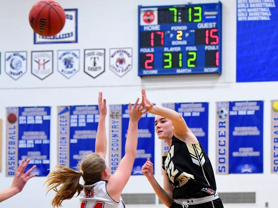 Buffalo Gap's Leah Calhoun goes high to pass the ball