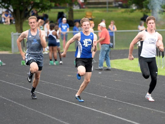 Fort Defiance's Cole Sligh won the 100-meter dash at